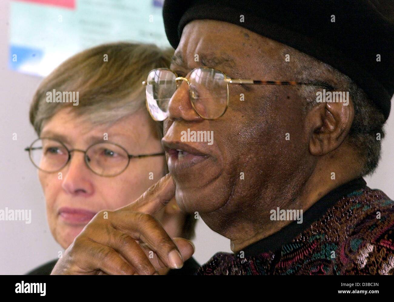 chinua achebe stock photos chinua achebe stock images  dpa ian author chinua achebe sits next to carol bellamy secretary general