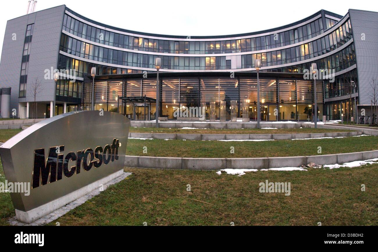 (dpa)   The German Headquarters Of The Software Giant Microsoft Is  Photographed In Unterschleissheim, Near Munich, 24 January 2003. Microsoft  Germany Is The ... Part 48