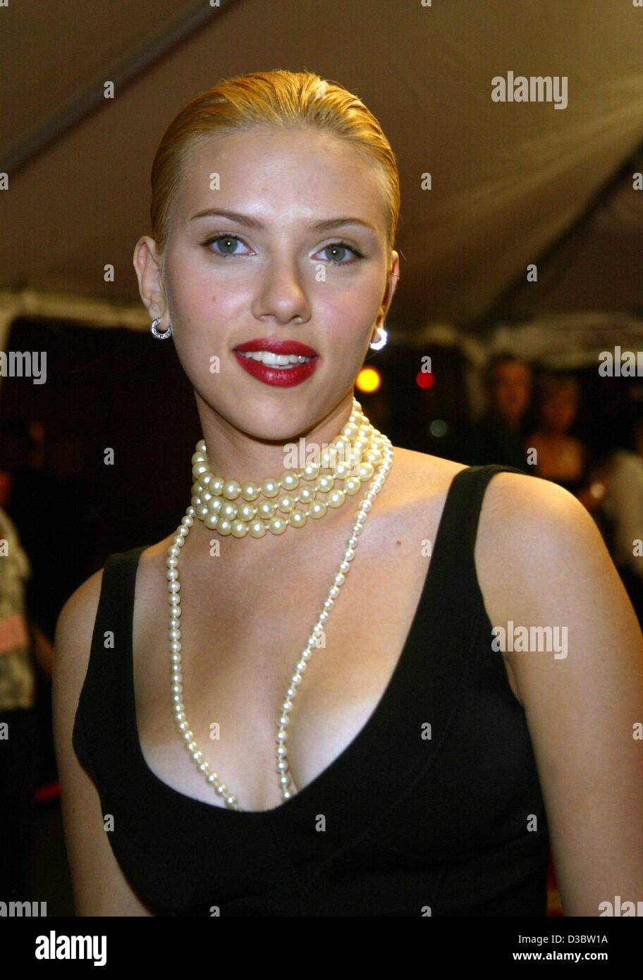 dpa us actress scarlett johansson arrives to the