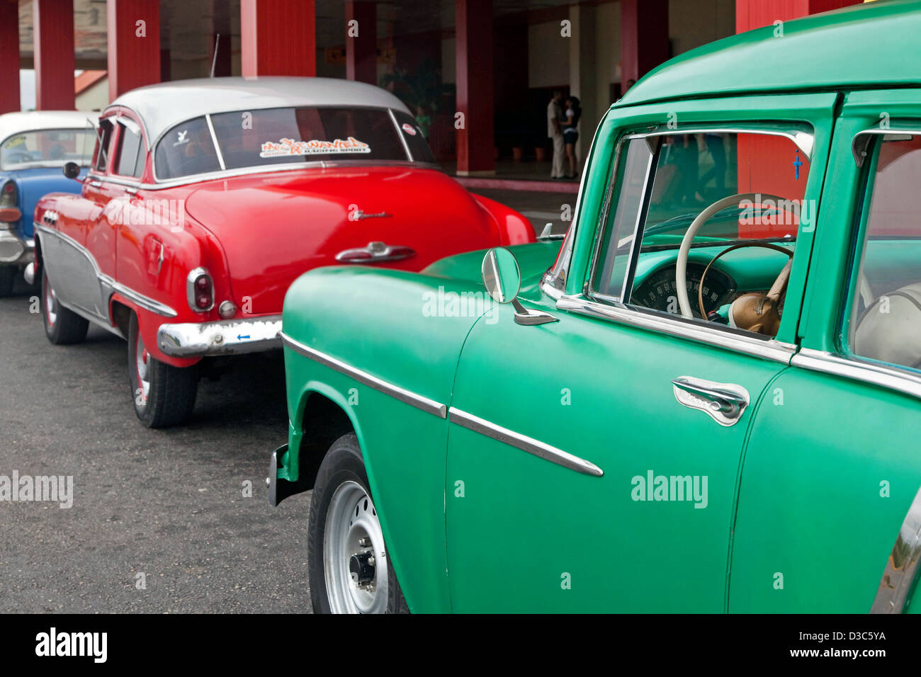 Old 1950s vintage American cars / Yank tank used as taxis waiting ...