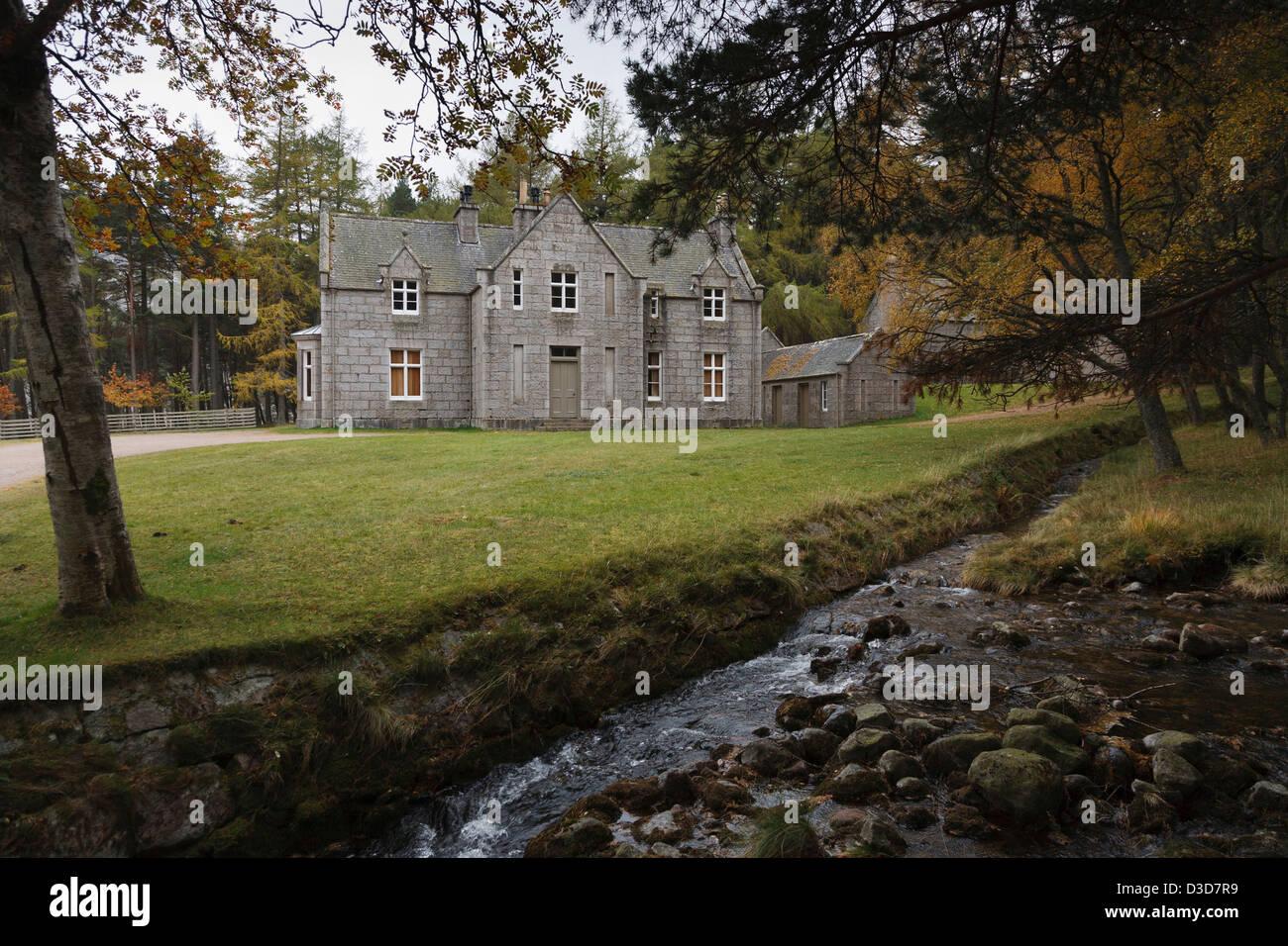 glasalltshiel lodge on loch muick built as a royal