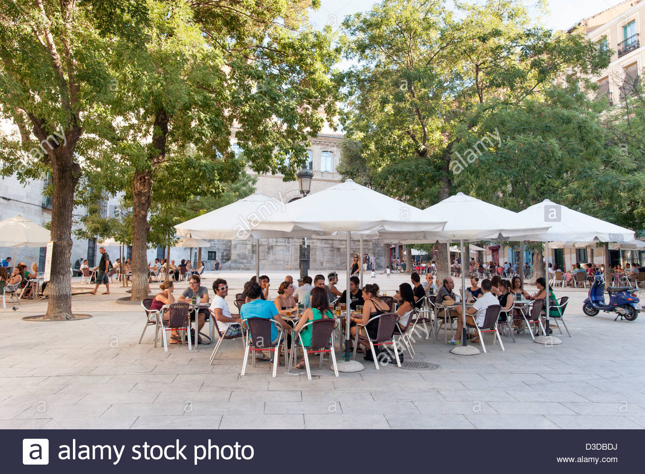 Crowded restaurant table - Crowded Outside Bar Tables In Plaza De La Paja La Latina Madrid Spain