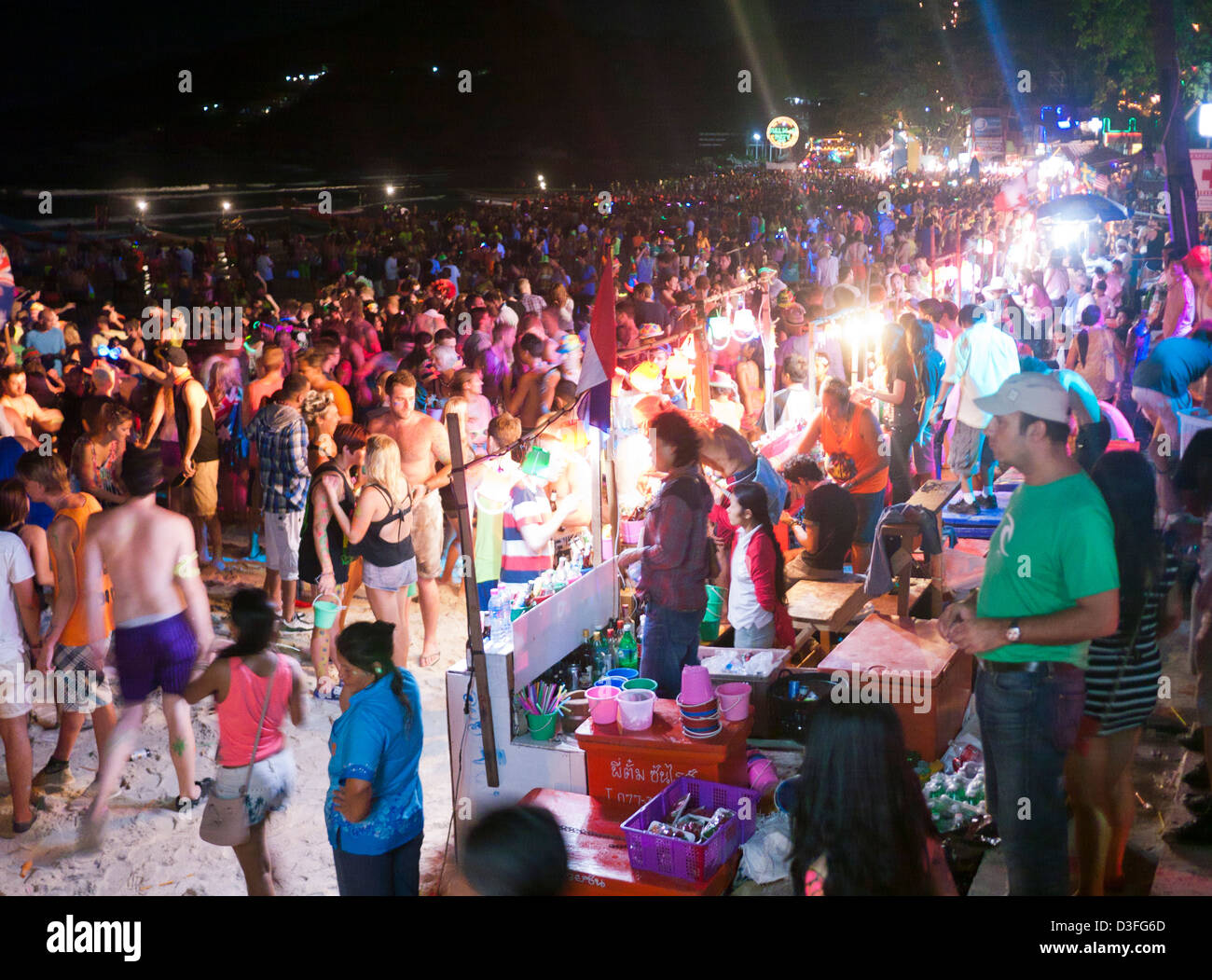 Haad rin beach full moon party