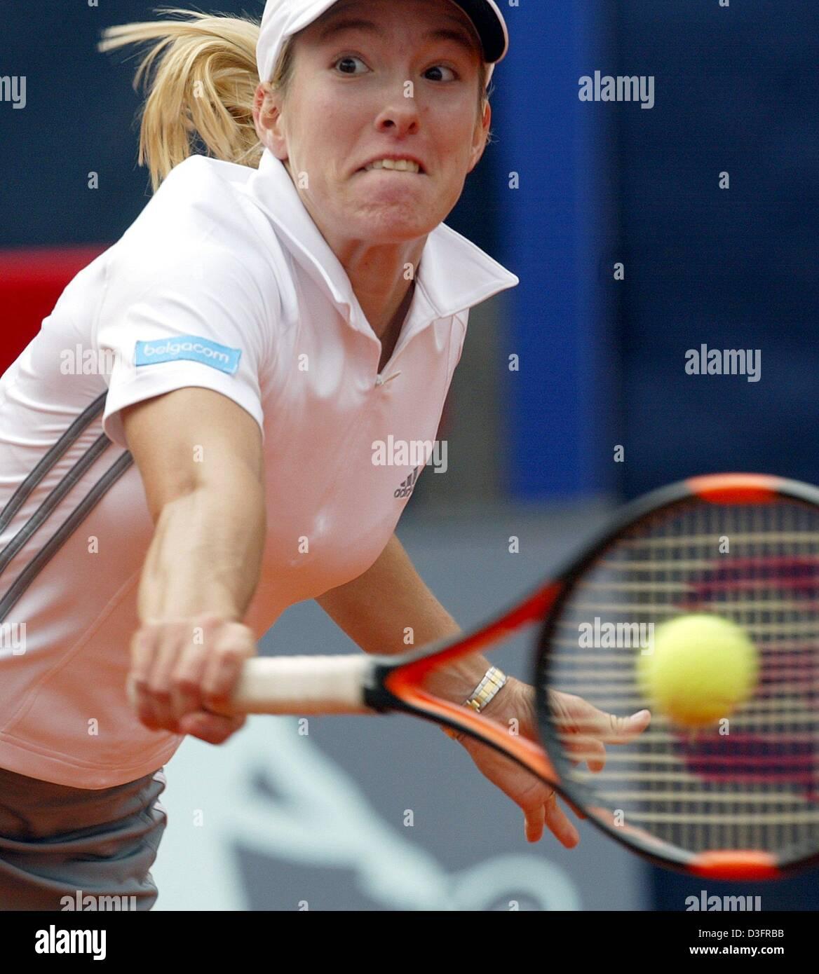 dpa Belgian tennis player Justine Henin Hardenne plays a