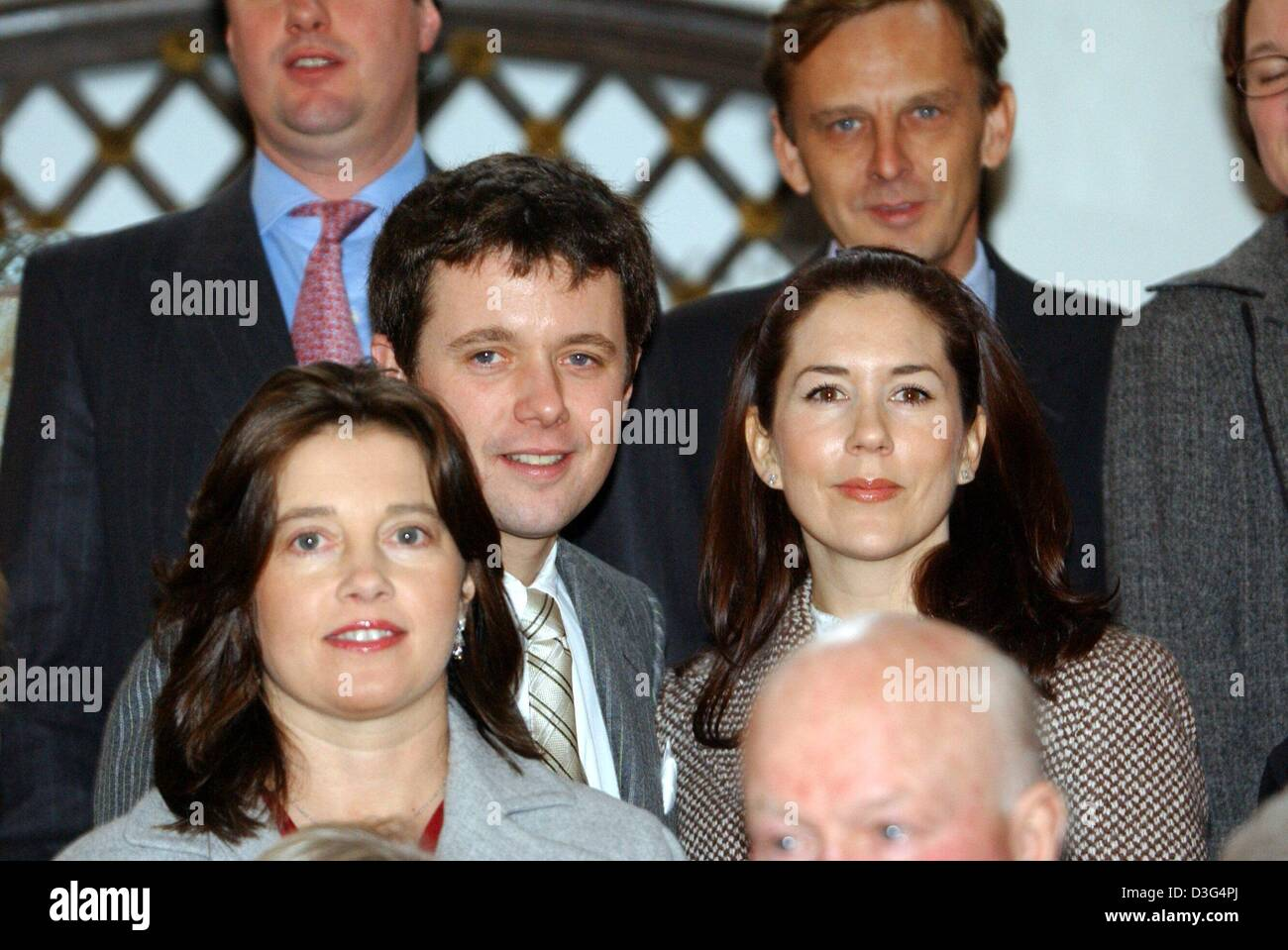 dpa-crown-prince-frederik-of-denmark-and-his-fiancee-mary-donaldson-D3G4PJ.jpg
