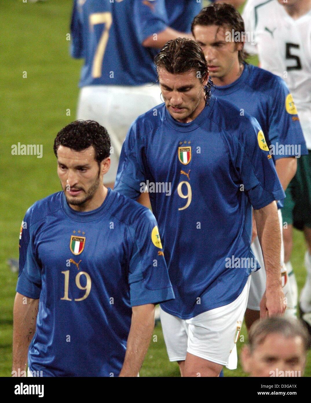 dpa Italian players L R Gianluca Zambrotta Christian Vieri