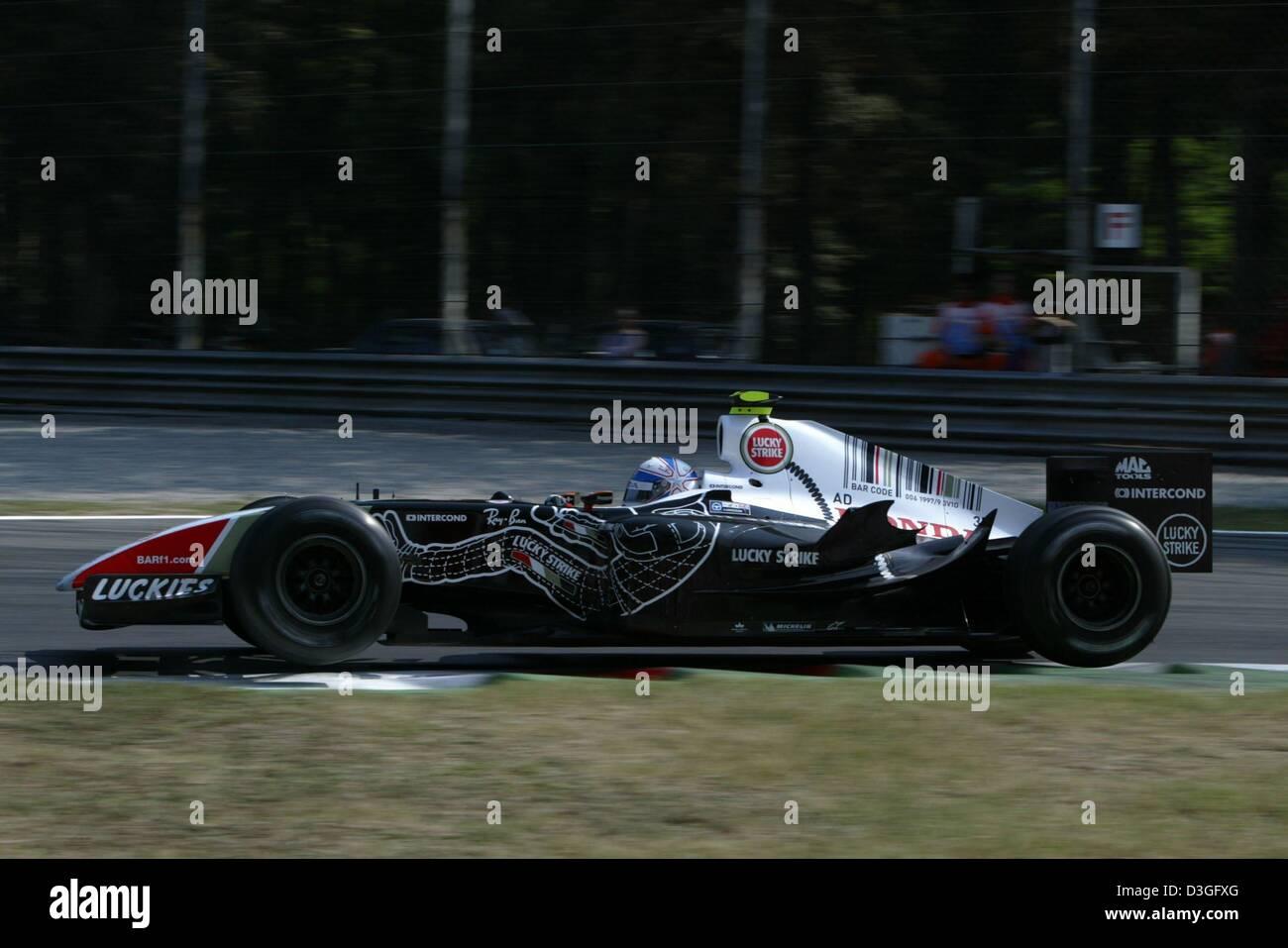 dpa) - Bar-Honda test driver Anthony Davidson from England races ...