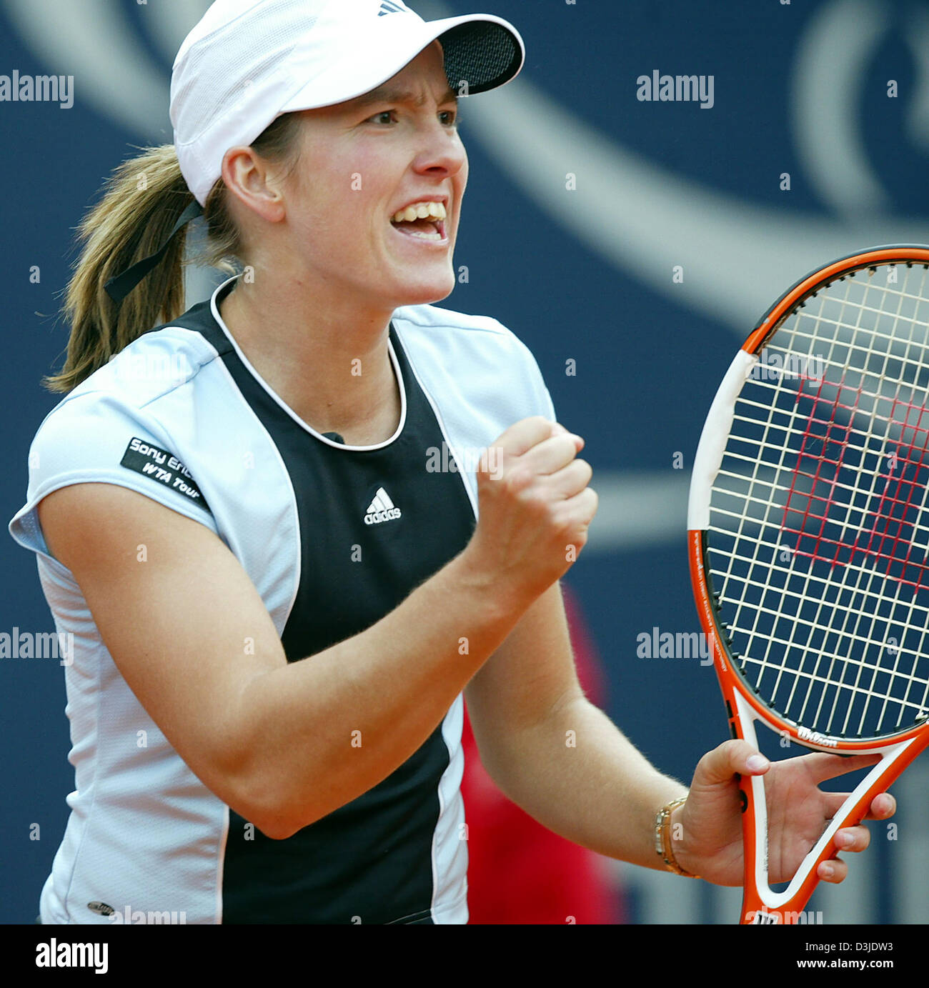 dpa Belgian tennis player Justine Henin Hardennecheers in the