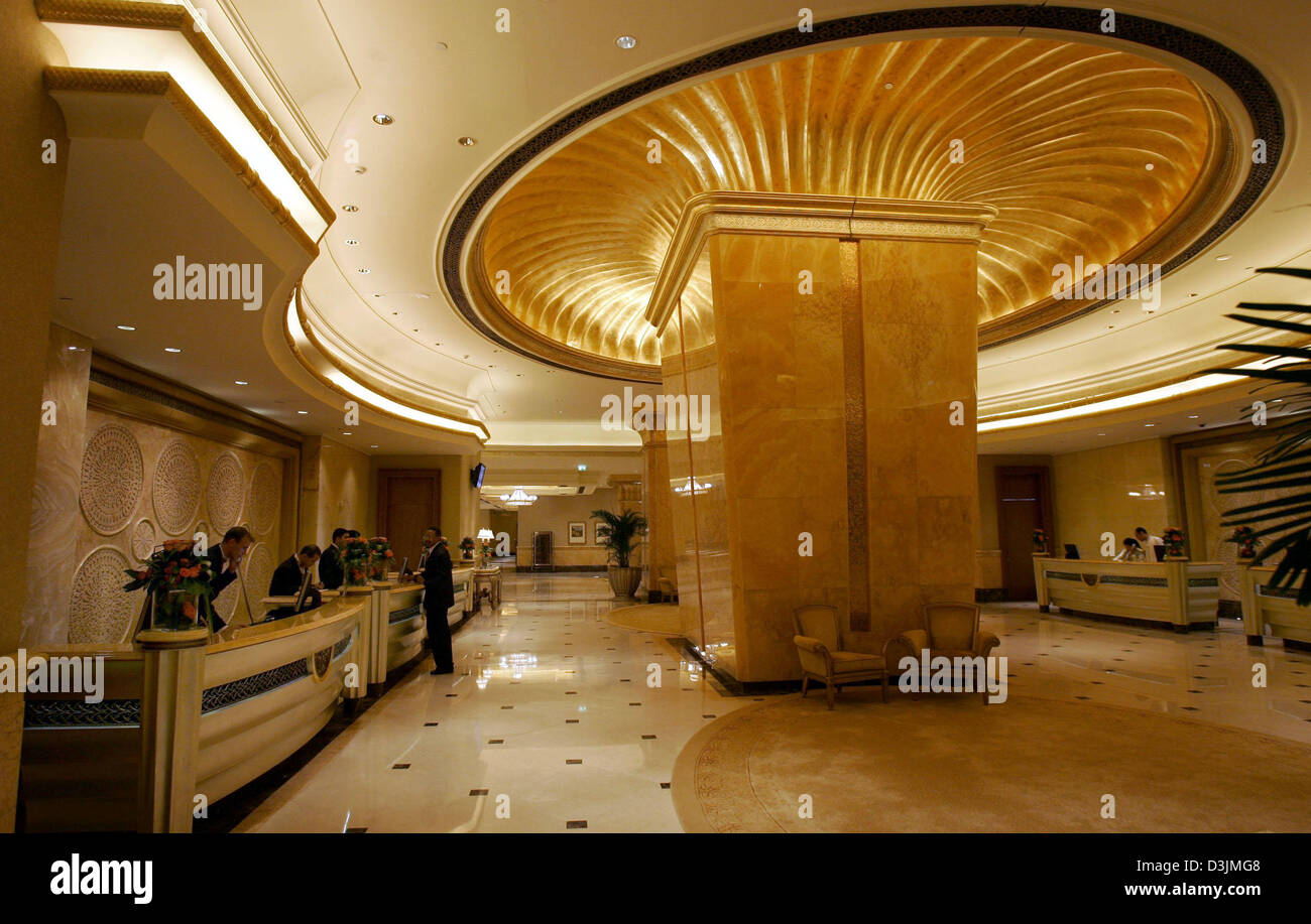 dpa) - view of the ceiling of the lobby of the luxury hotel stock