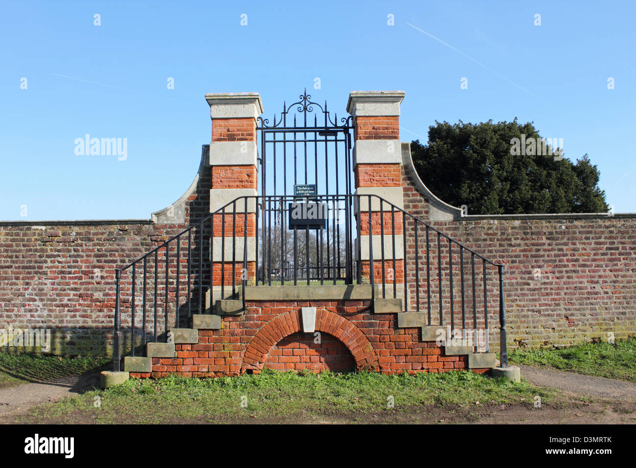 Gate From The Barge Walk Along Thames Into Hampton Court Park Home England UK