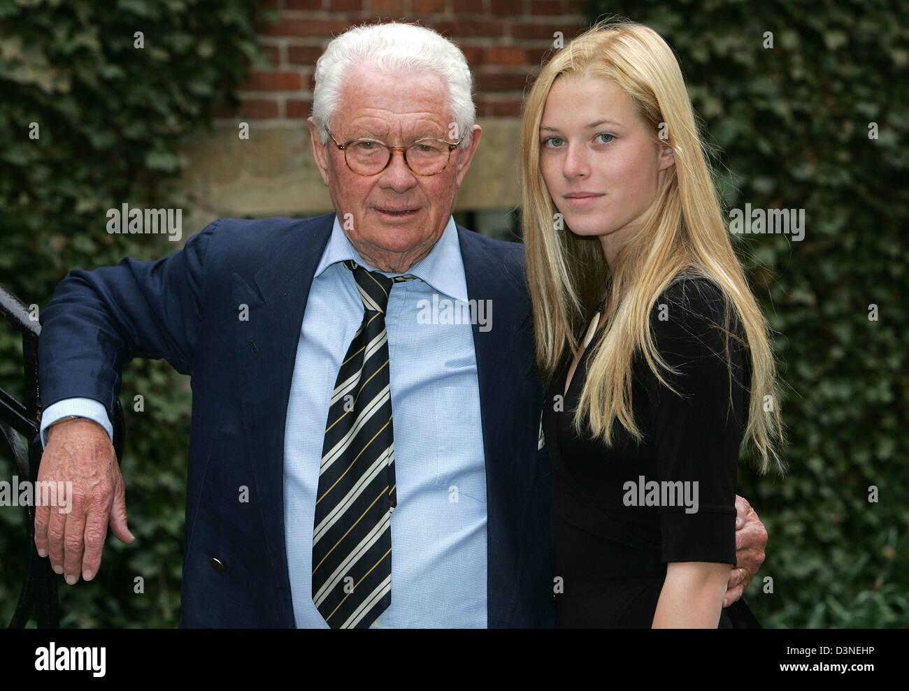 david hamilton David Hamilton, famous British photographer, poses with his muse Elodie  Durand (20)