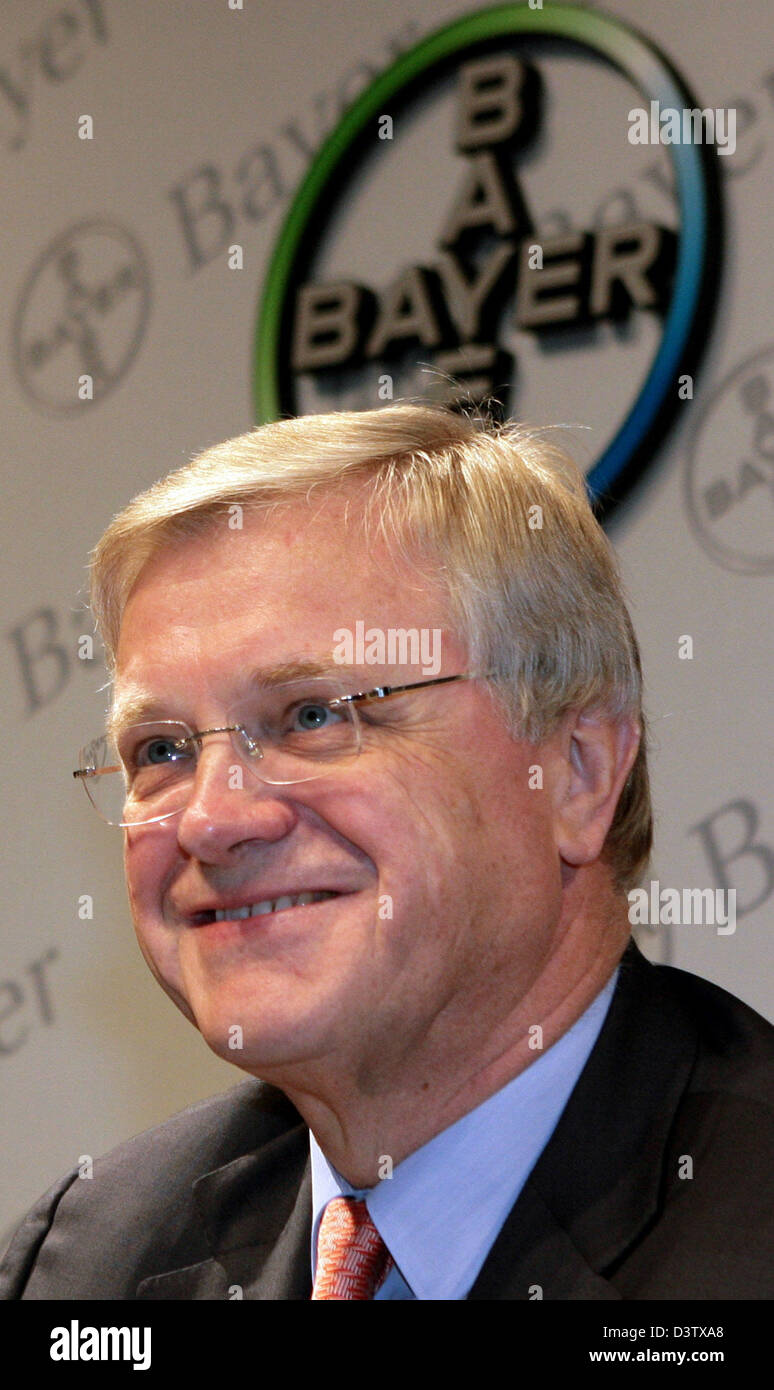 Werner Ag bayer ag ceo werner wenning smiles at his company s autumn press