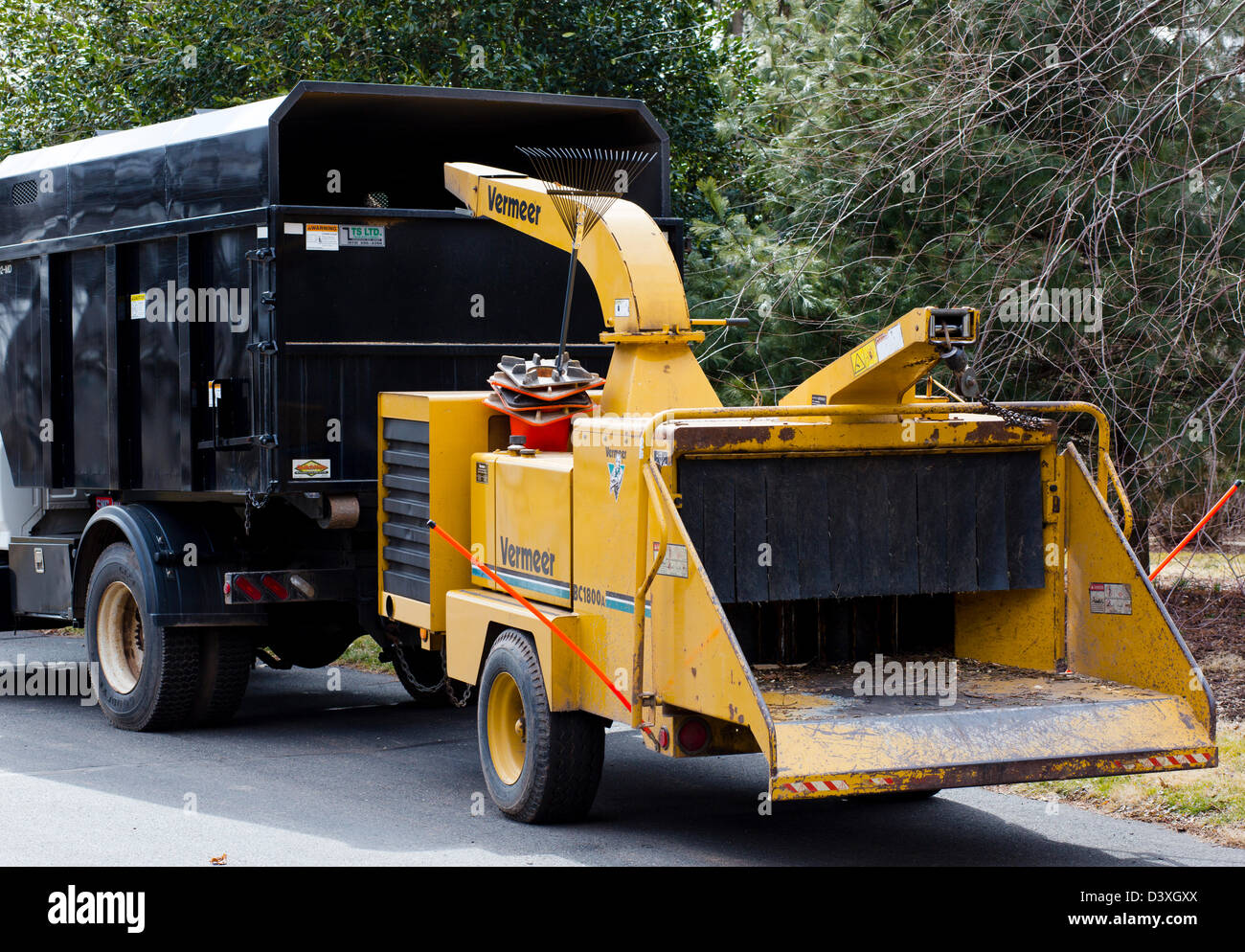 Spring Cleanup Vermeer Bc 1800a Wood Chipper Towed Behind A Truck Lorry