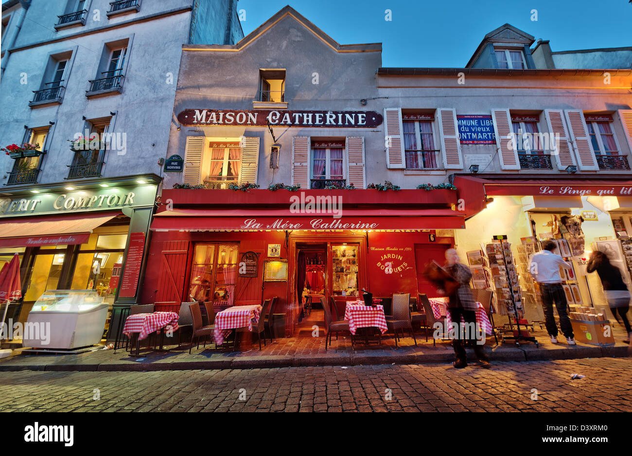 Maison Catherine And Restaurant La Mere Catherine Near Place Du Tertre Montmartre