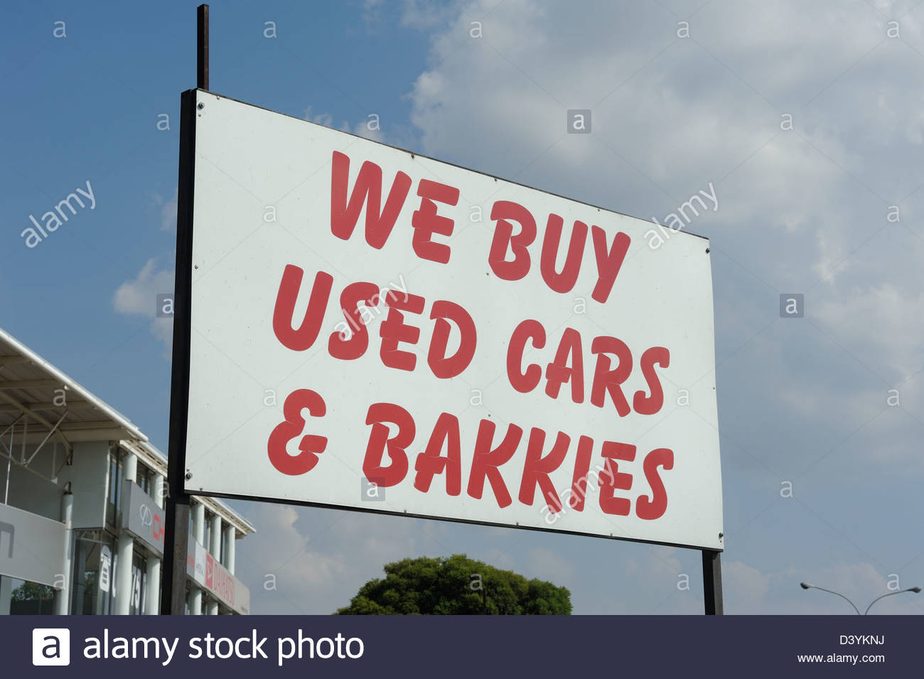 Johannesburg RSA Used car lot buying used cars and bakkies (pick-ups ...