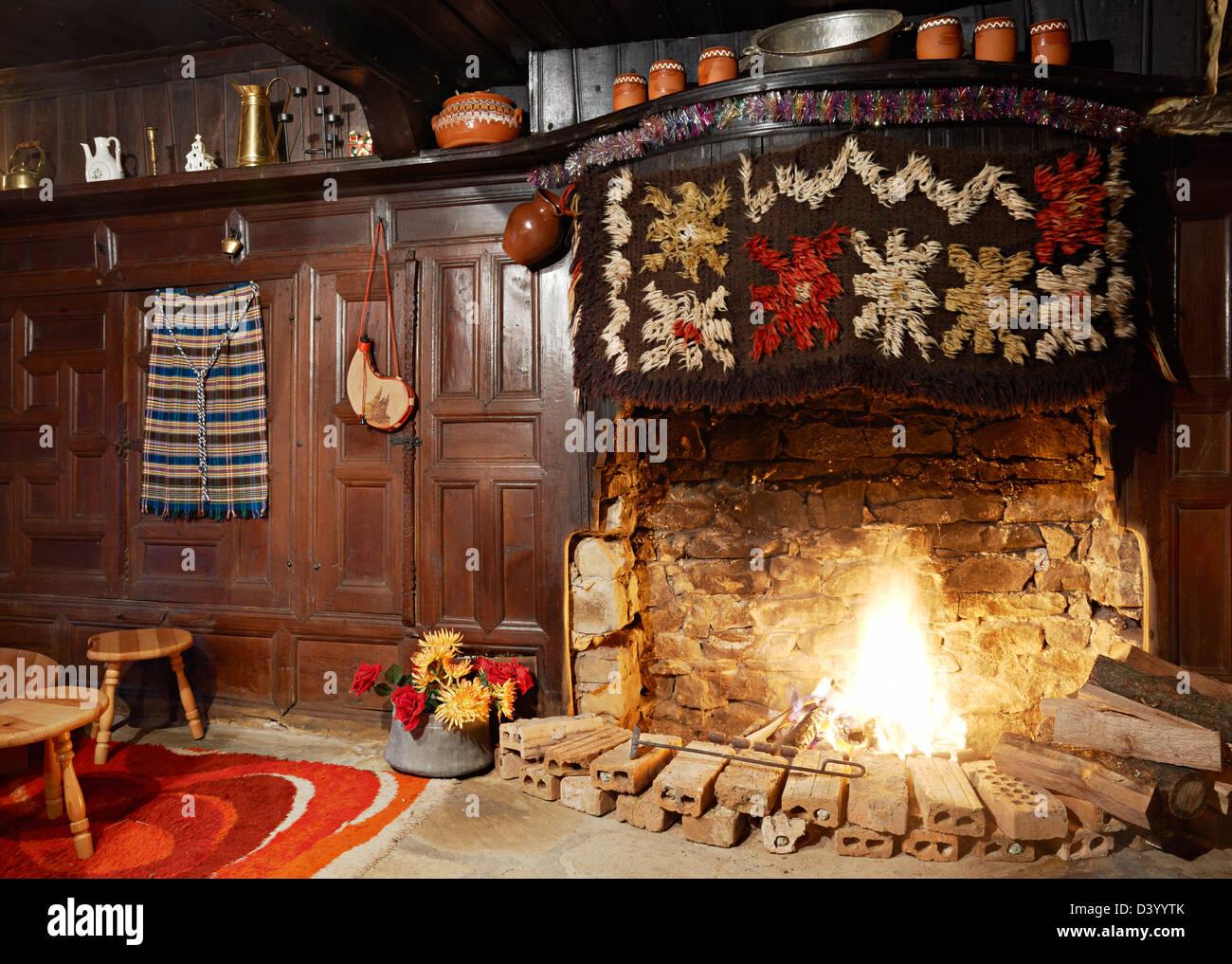 period fireplace stock photos u0026 period fireplace stock images alamy
