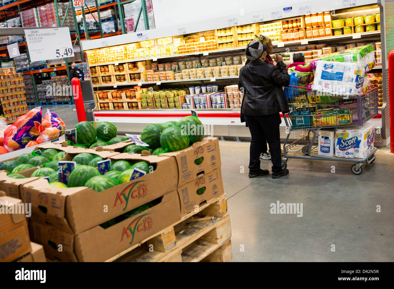 customers shopping in the produce section of a costco wholesale stock photo royalty free image. Black Bedroom Furniture Sets. Home Design Ideas