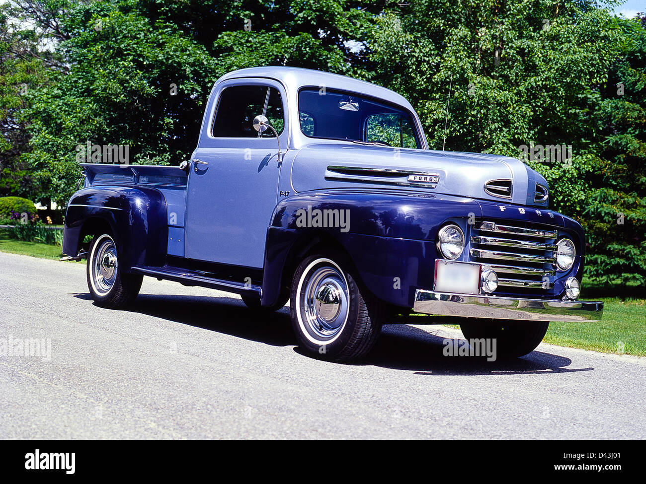 1950 ford f 47 pick up truck stock photo 54169697 alamy. Black Bedroom Furniture Sets. Home Design Ideas