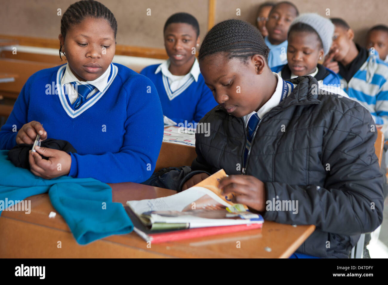high school dropouts in south africa Ten percent of grade 10 and 11 pupils drop out of school and while the average dropout rate is 4 percent, most who drop out are in grade 9 and up, a report by the department of basic education .