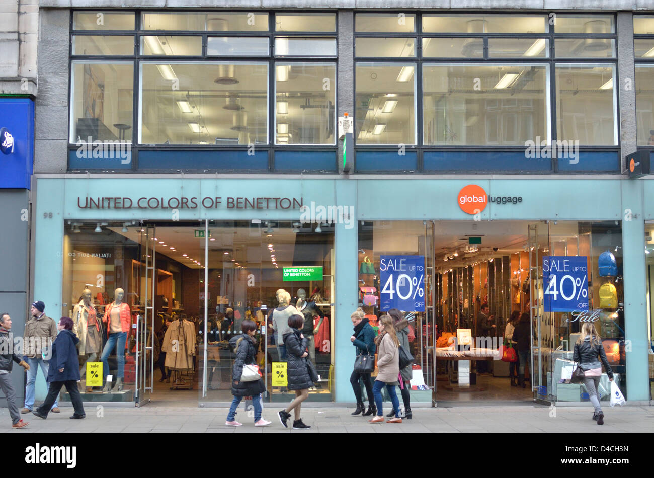 united colors of benetton fashion store in oxford street