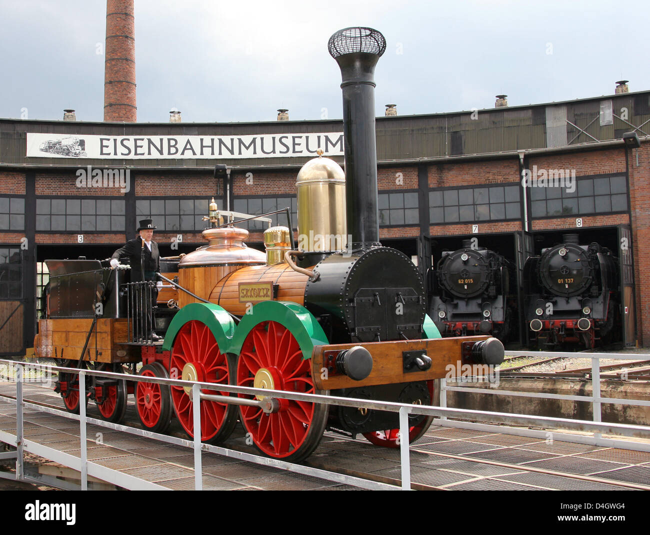 The replica of germany 39 s first steam locomotive 39 saxonia for Replica mobel deutschland