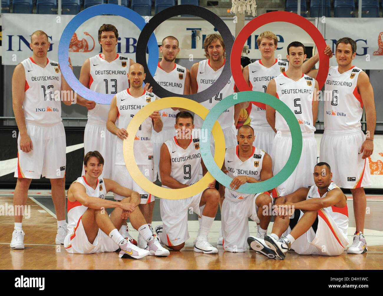 The German Olympic basketball squad standing L R Chris Kaman