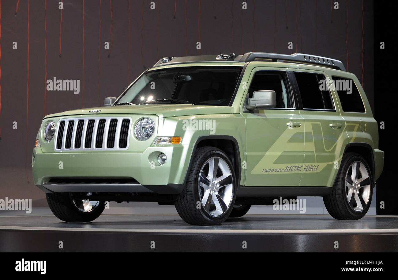 Jeep Patriot EV? seen on display at the Chrysler stand & Jeep Patriot Stock Photos u0026 Jeep Patriot Stock Images - Alamy