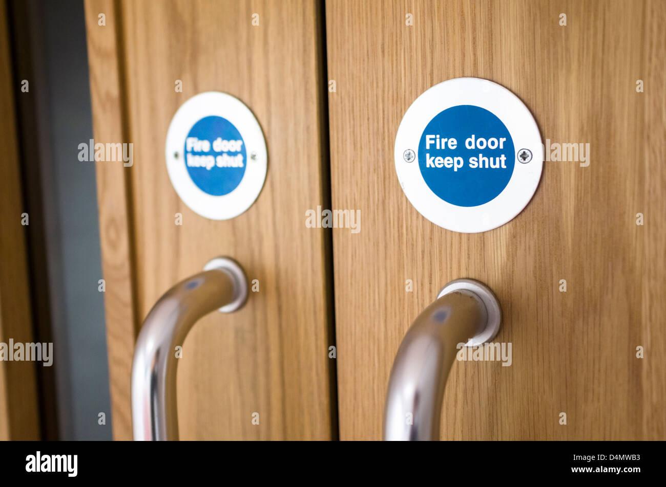 Fire door keep shut signs. & Fire door keep shut signs Stock Photo Royalty Free Image ... Pezcame.Com