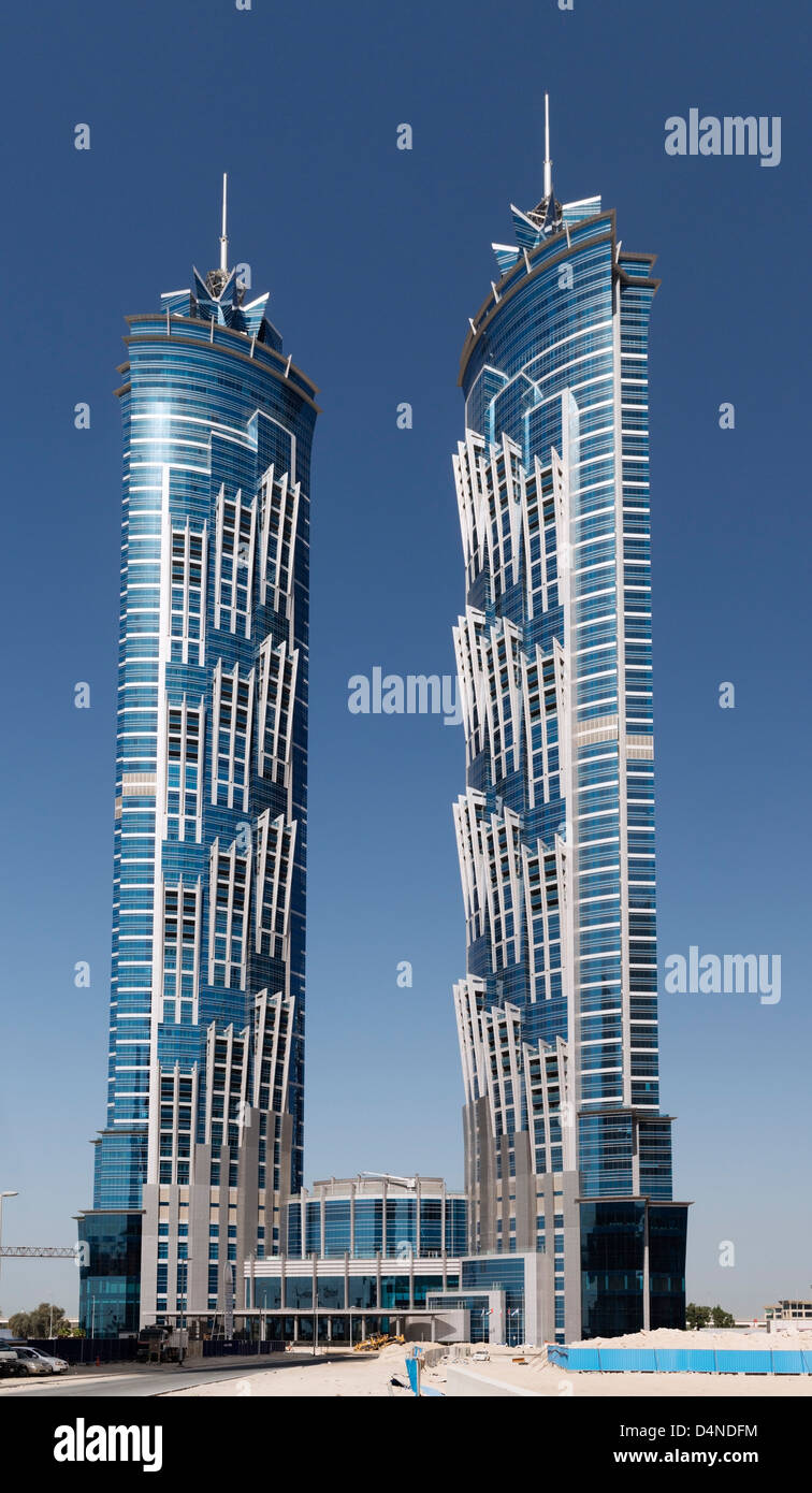 New jw marriott marquis hotel the tallest hotel in the for Tallest hotel in the world