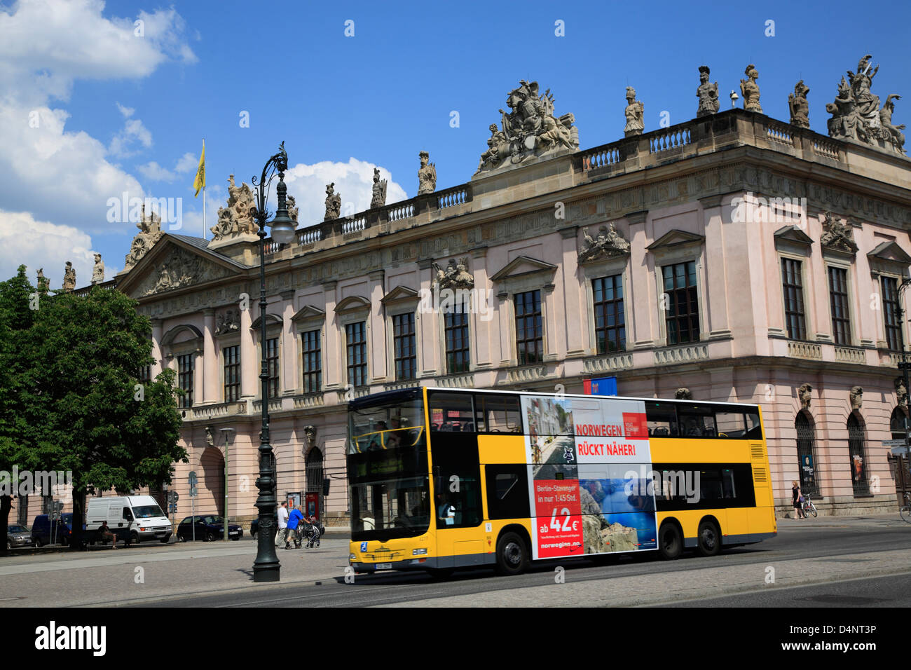 deutsches historisches museum in former zeughaus unter den linden at stock photo picture and. Black Bedroom Furniture Sets. Home Design Ideas