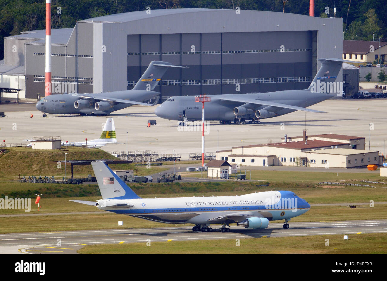 Stock Photo Us President Barack Obama Aboard Of Air Force One Touches Down At Us Air Base Ramstein Germany 05 June 2009 After Visiting Dresden And The
