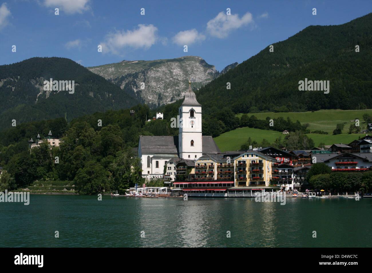 St wolfgang im salzkammergut austria stock photo 54648144 alamy st wolfgang im salzkammergut austria sciox Images