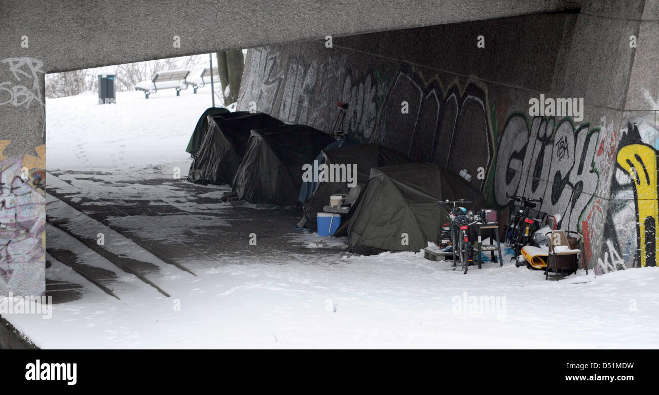 The tents of homeless people stand under the Kennedy Bridge in Hamburg Germany 28 & The tents of homeless people stand under the Kennedy Bridge in ...