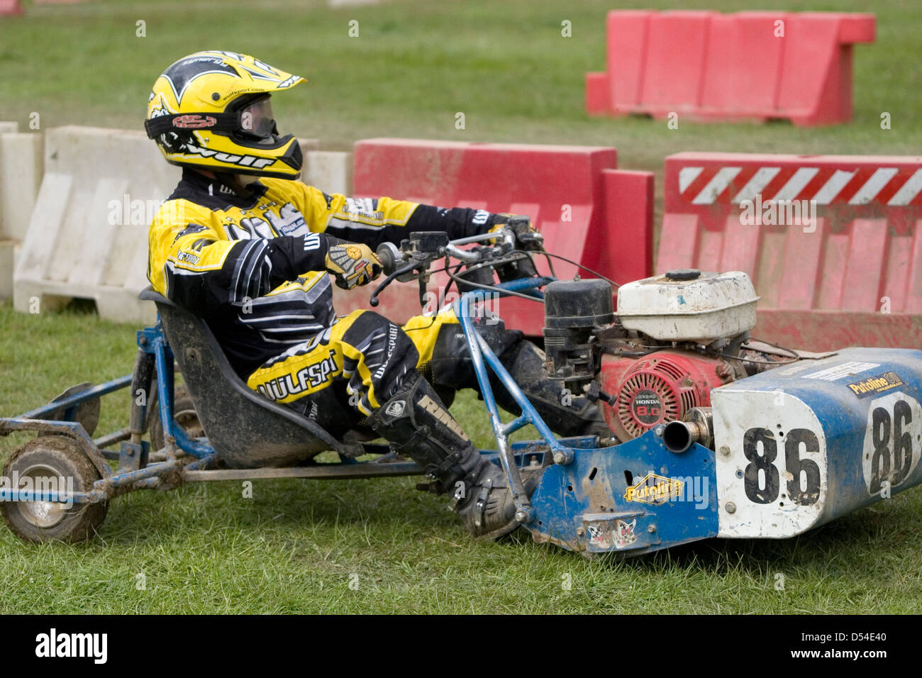 Lawn Mower Racing >> Lawnmower Racing Billingshurst West Sussex Uk Pictured Is A