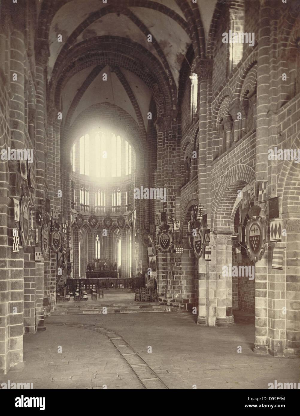Mont saint michel abbey church interior stock photo for Mont saint michel interieur