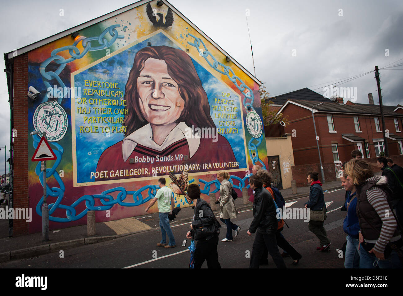 Bobby sands mural on the falls road belfast northern for Bobby sands mural