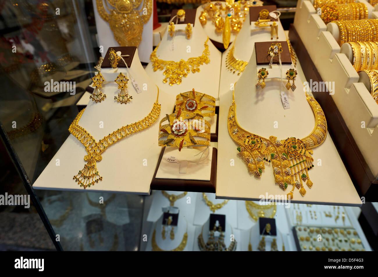 Gold sales Dubai Binary options free Dubai