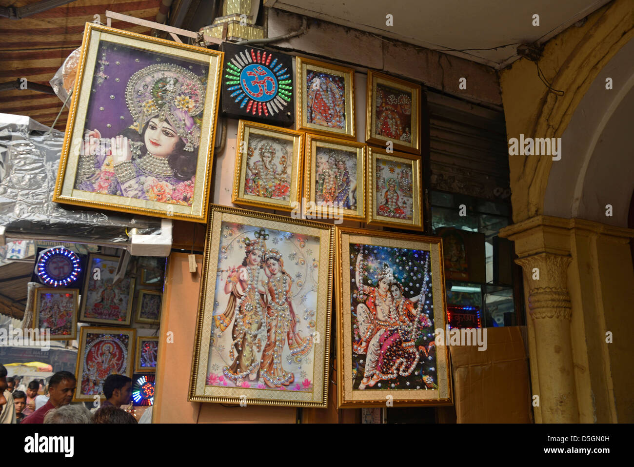 A Hindu gift shop in Chandni Chowk, Old Delhi, India Stock Photo ...