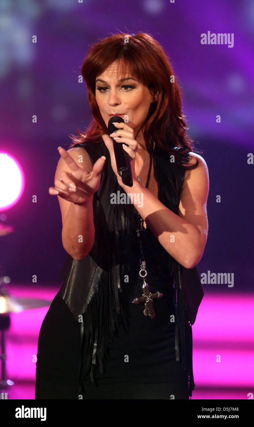Andrea berg 2016 hd image free - Singer Andrea Berg Performs On Stage During The Dress Rehearsal Of The Mdr Television Show