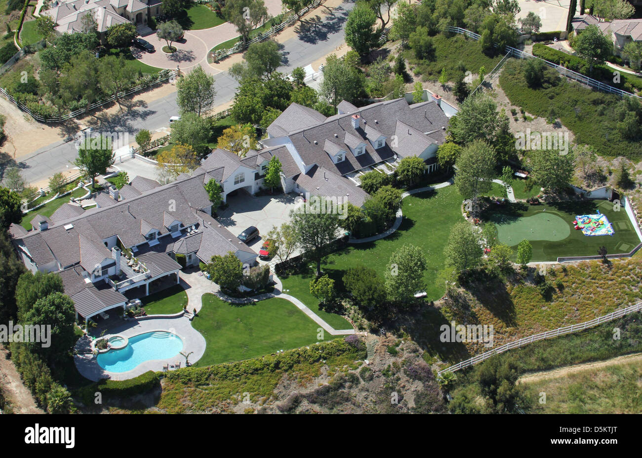 Aerial view of jennifer lopez and marc anthony 39 s home in for Jennifer lopez house address