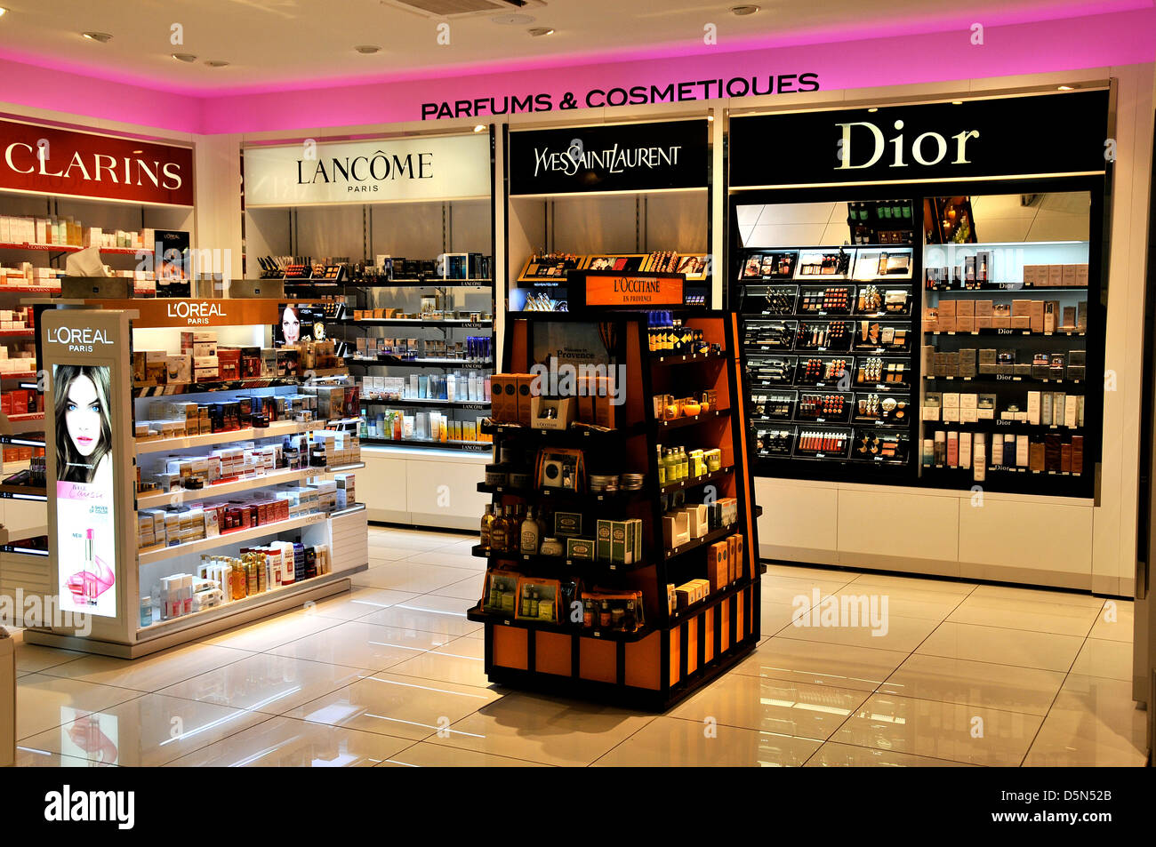 perfums and cosmetics boutique duty free shop lyon satolas. Black Bedroom Furniture Sets. Home Design Ideas