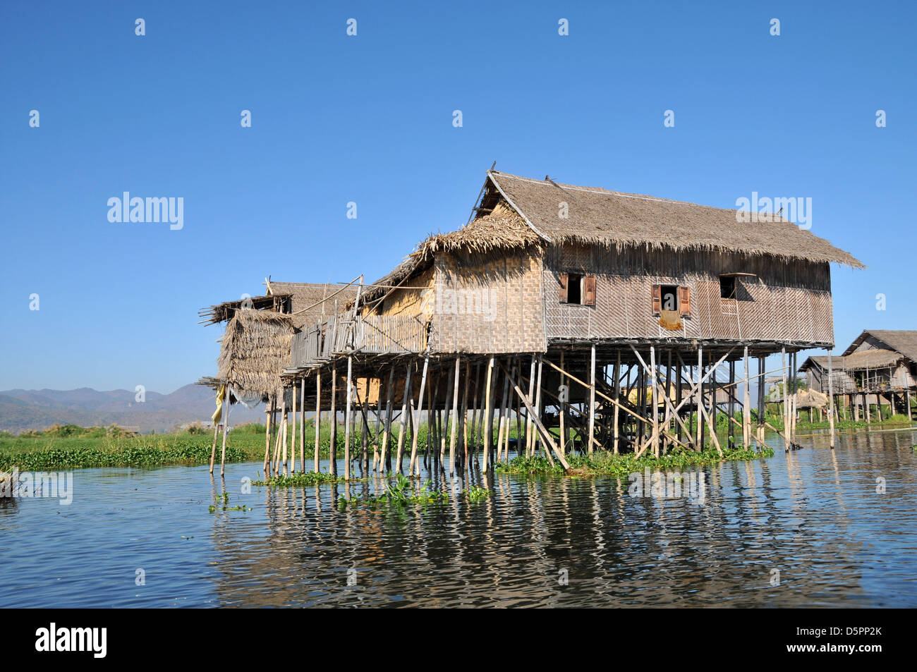 picture of stilt house house pictures