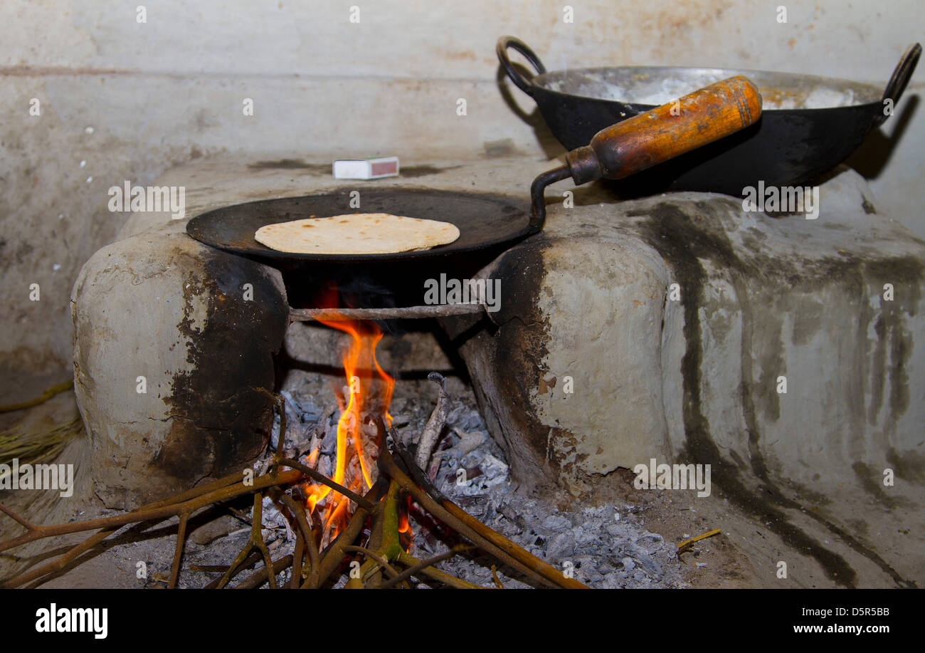 Indian ethnicity traditional indian domestic kitchen for Traditional indian kitchen pictures