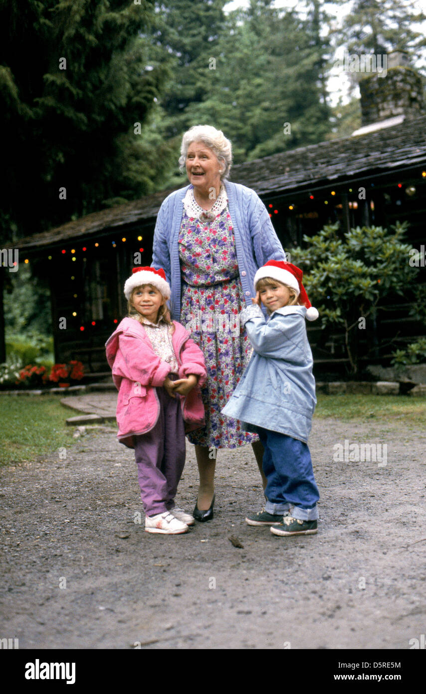 ashley olsen mary-kate olsen & florence patterson to grandmother's