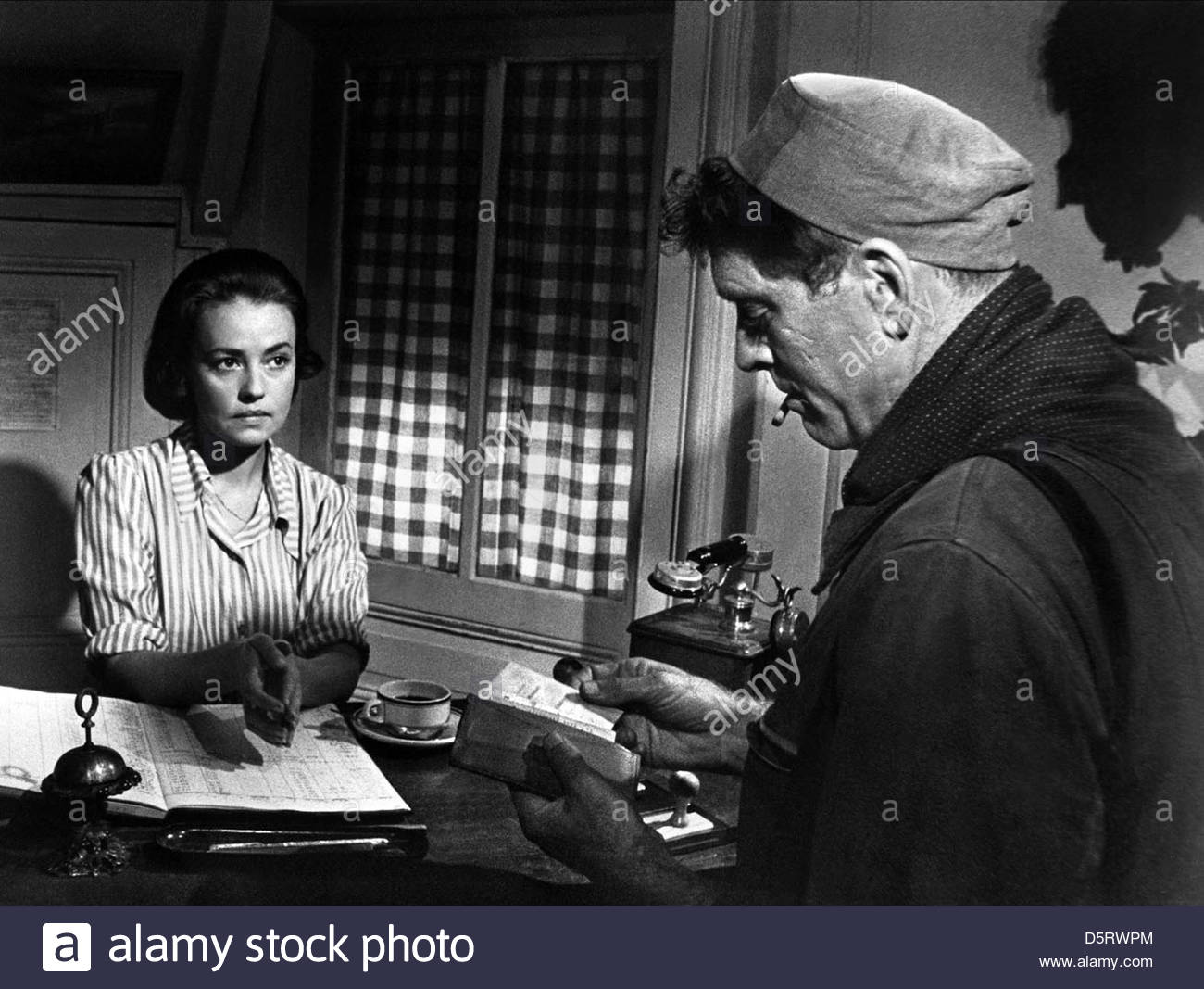 jeanne moreau amp burt lancaster the train 1964 stock photo