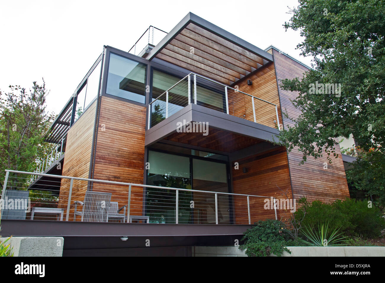 Superb A Multi Level, Prefab, Modular Green Home By The Company LivingHomes And  Consists Of 11 Modular Sections. Santa Monica, CA