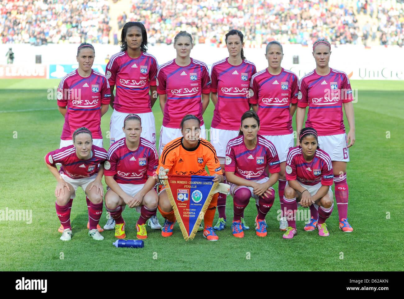 Wendy renard interview - Lyonnais Team Poses For A Photo Back L R Camille Abily Wendie Renard