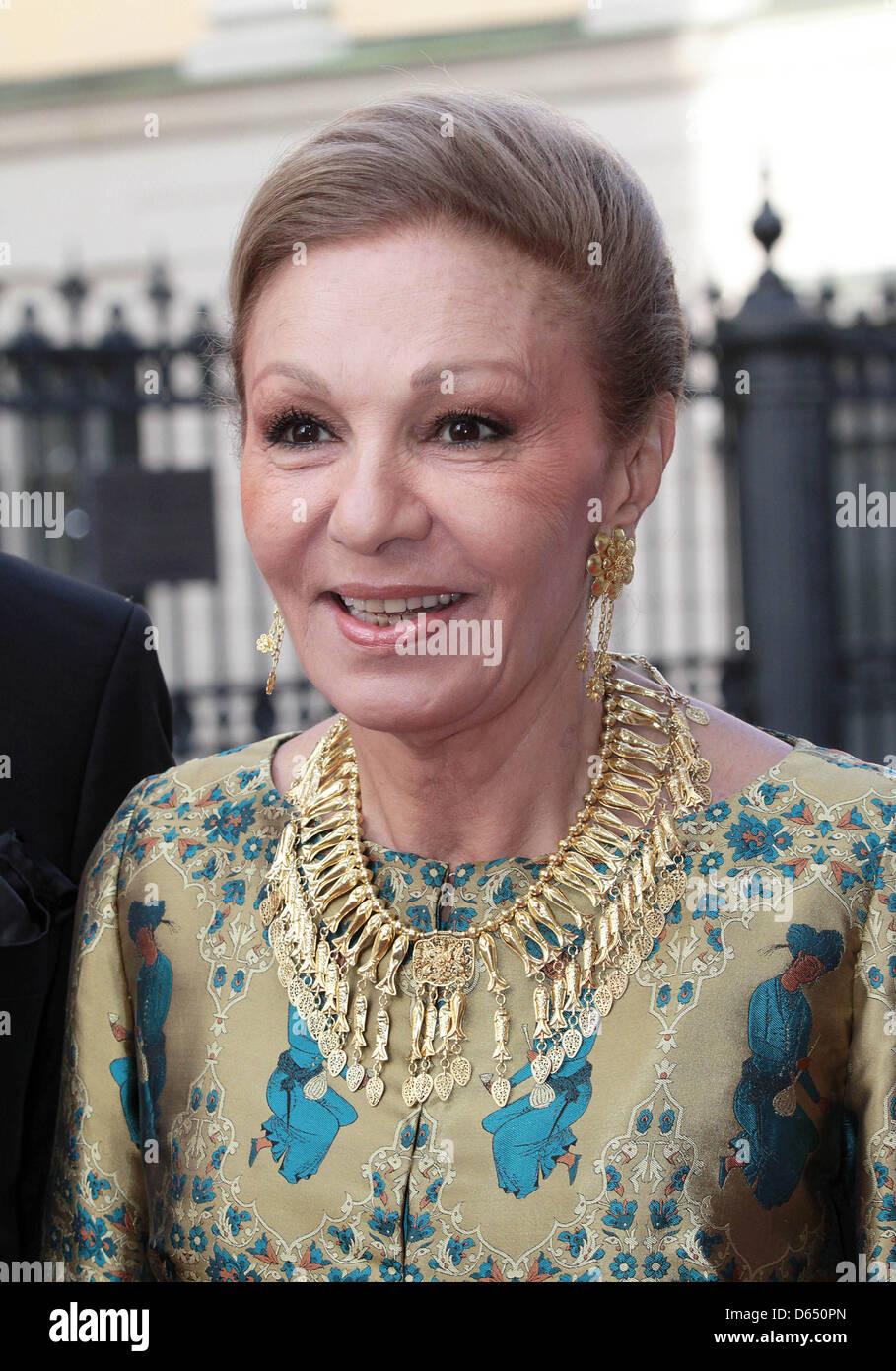 1000 images about shah farah royal family on pinterest for Shah bano farah pahlavi