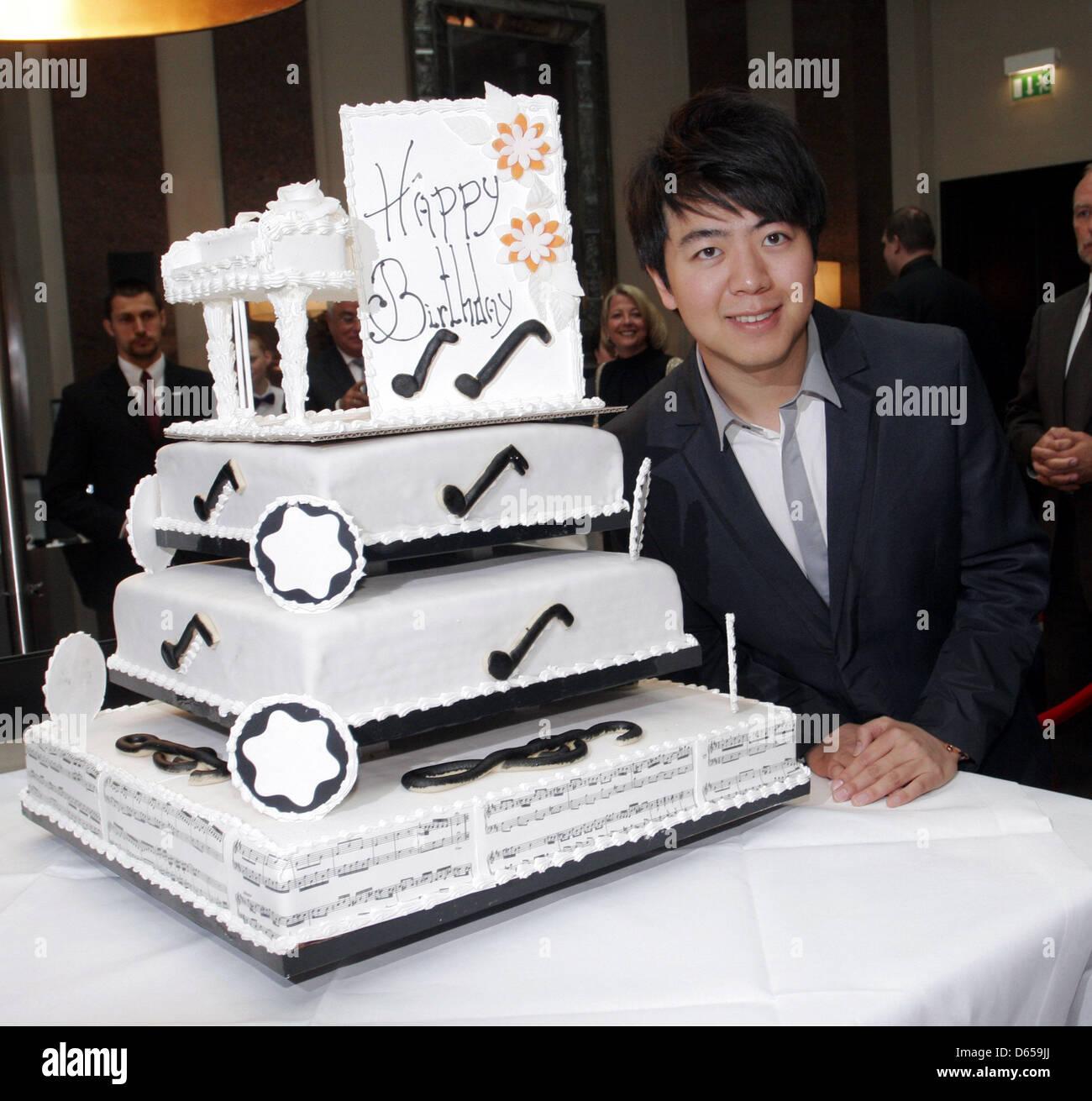 Where To Buy Birthday Cake In Berlin