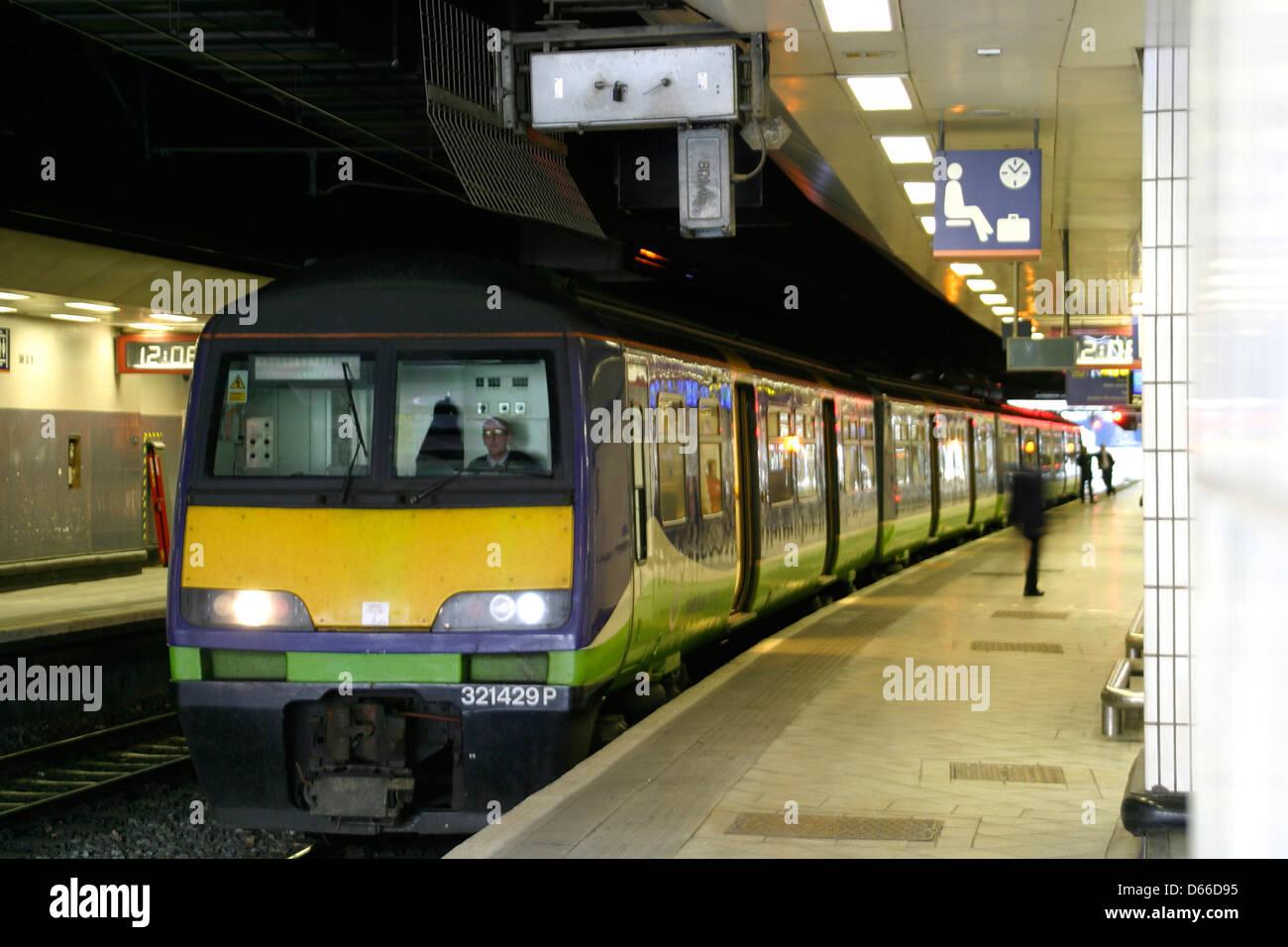 Silverlink Trains Class 321 Birmingham New Street Station